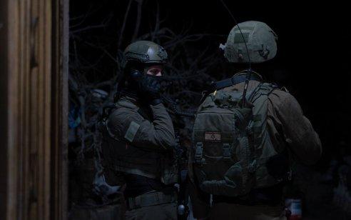 """חשד לנסיון פיגוע דריסה באזור בית אל: נהג ערבי האיץ לעבר כוח צה""""ל ונורה"""
