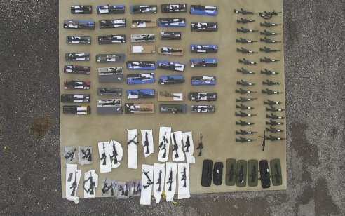 נחשפה רשת בינלאומית שהסבה נשקי 'אייר סופט' לנשק חי ששימשו אירועי טרור – 58 חשודים נעצרו