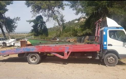 """תושב מוסמוס בן 61 נעצר לאחר שנהג במשאית גרר ש""""הורד"""" מהכביש ולאחר שרישיונו פג לפני 31 שנה"""