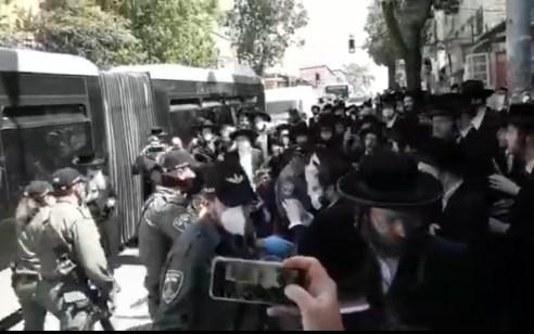 """המשטרה פשטה על ת""""ת בירושלים עם 60 תלמידים – מנהל המקום וארבעה מורים עוכבו"""