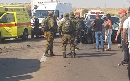 שלושה פצועים קשה בתאונה חזיתית סמוך לבאר שבע