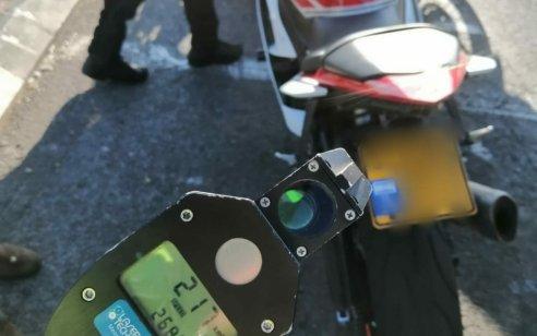 """רוכב אופנוע בשנות ה-20 לחייו נתפס במהירות 217 קמ""""ש"""