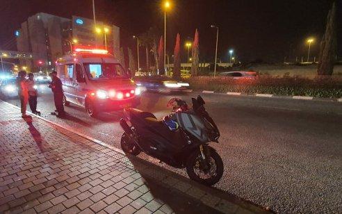 הולכת רגל בת 21 נפגעה מאופנוע בחיפה – מצבה בינוני