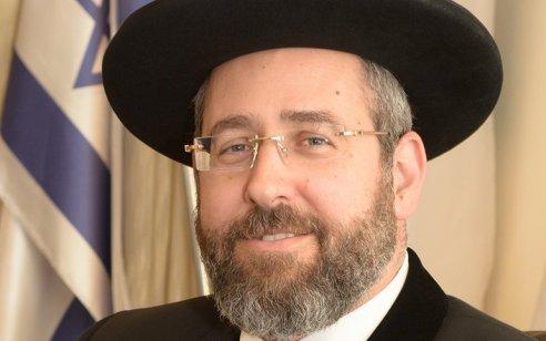 הרב הראשי הגר״ד לאו בפנייה דחופה לראש הממשלה – פתח את בתי הכנסת באופן מיידי