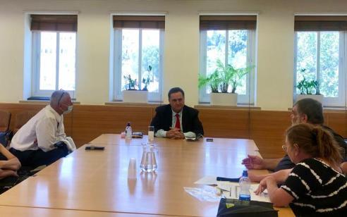 שר האוצר ישראל כ״ץ נפגש עם נציגי ארגוני הנכים: מתווה להעלאת קצבאות הנכות יובא לאישור הממשלה