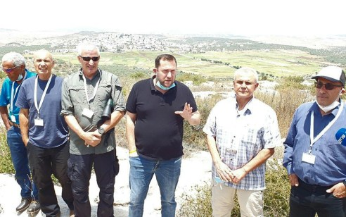 """לקראת ריבונות – בכירים לשעבר בצה""""ל הגיעו לסיור בשומרון: """"אסור לנו להשאיר את הבטחון שלנו בידי אחרים"""""""