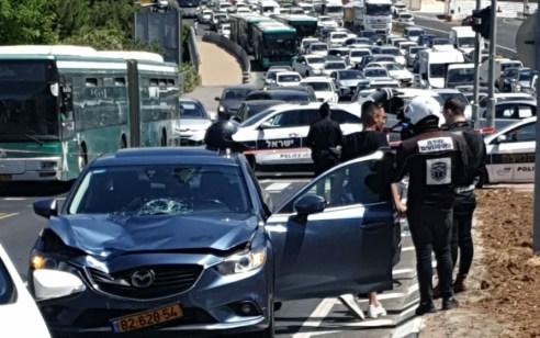 הולכת רגל כבת 18 נפצעה בתאונה בירושלים – מצבה קשה
