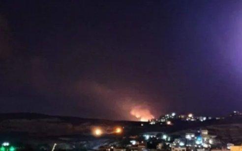 דיווח בסוריה: כלי טיס תקפו מוצבים של מיליציות פרו-איראניות – לפחות 12 פעילים נהרגו