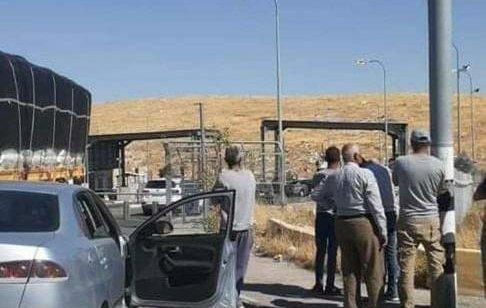"""פיגוע דריסה במחסום הקיוסק באזור אבו דיס, לוחמת מג""""ב נפצעה קל – המחבל חוסל"""