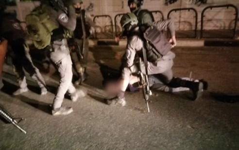 גנב רכב נתפס לאחר מרדף משטרתי תוך כדי שניגח ניידות וניסה להמלט  – שלושה לוחמים נפצעו