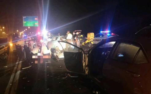 בת 48 נהרגה וארבעה נפצעו קל בתאונת שרשרת בכביש 6 סמוך לקרית גת