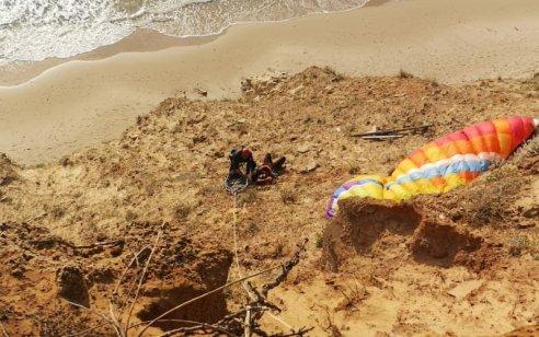 צנחן רחיפה בן 18 נפצע כשנתקע על צוק – מצבו בינוני