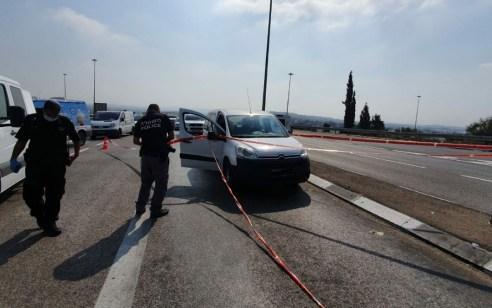 תושב באקה אל גרביה בן 26 נפצע בינוני מירי של רכב חולף בכביש 6 – המשטרה פתחה בחקירה