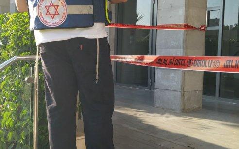 גבר כבן 60 נדקר בתל אביב – מצבו בינוני