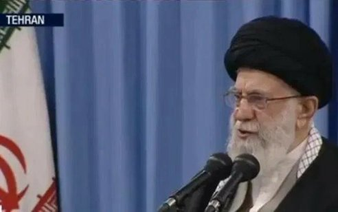 """המנהיג העליון של איראן חמינאי: """"איחוד האמירויות בגדה בעולם הערבי, הבושה לא תמחק לעולם"""""""