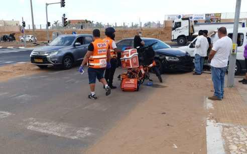 רמלה: פצועה בינוני ופצוע קל בתאונה בין שני כלי רכב