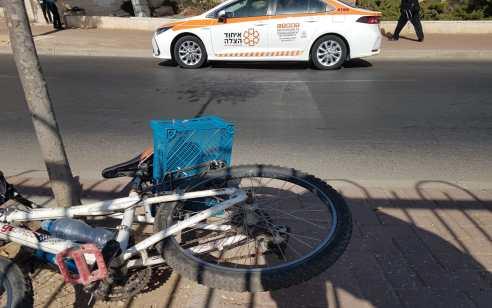 ירושלים: נער בן 13 נפצע קשה לאחר שהתנגש בעמוד עם אופניים