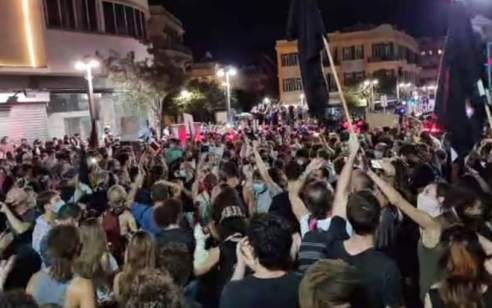 הפגנות אלימות בתל אביב: 38 נעצרו, מאות דוחות חולקו