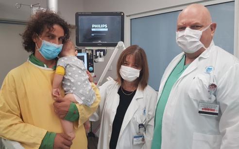 המרכז הרפואי איכילוב: תינוקת אושפזה בטיפול נמרץ בגלל שלא חוסנה