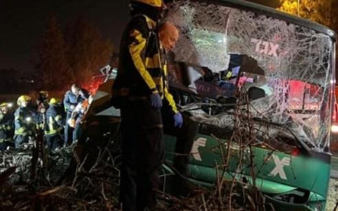 """שנה אחרי התאונה הקטלנית סמוך לנתב""""ג: נהג האוטובוס הורשעה בגרימת מוות ברשלנות של 4 נוסעים"""