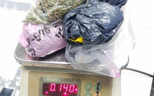 סמים מסוכנים נתפסו בדירה בקרית ביאליק  – תושבת המקום עוכבה לחקירה
