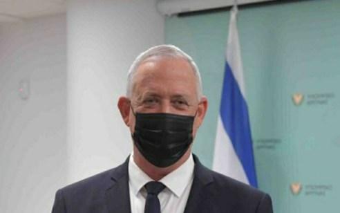 """גנץ דורש לכנס את הממשלה ביום ראשון לצורך אישור מינוי מפכ""""ל קבוע"""