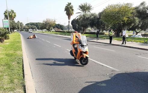 הולכת רגל כבת 40 נפגעה מאופנוע בתל אביב – מצבה קשה