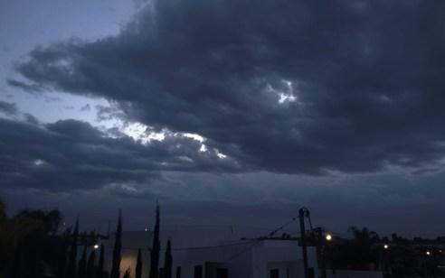 גשם מקומי עם סופות רעמים, ברד וחשש כבד לשיטפונות | התחזית המלאה