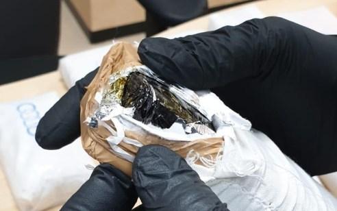 צוות שיטור עירוני הבחין ברכב שעורר את חשדו במזרח ירושלים – בבדיקה נמצאו סמים במשקל רב