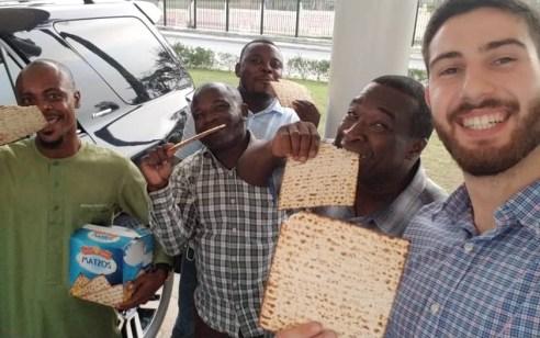 מגינאה המשוונית ועד למדינות מוסלמיות: כך חגגו את פסח במרכז אפריקה • גלריה מיוחדת