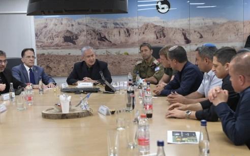 ראש הממשלה קיים הערכת מצב עם הרמטכ״ל ובכירי מערכת הביטחון ונפגש עם ראשי רשויות מהדרום