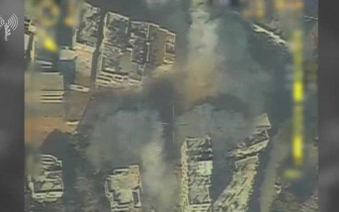 """תיעוד: צה""""ל תקף את ביתו של מפקד גדוד כפר ג'בליה בארגון הטרור חמאס"""