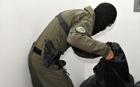 הותר לפרסום: המשטרה עצרה 13 חשודים בסחר באמצעי לחימה בערי המשולש