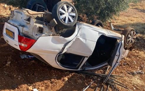 בת 20 נהרגה ונערה בת 16 נפצעה בינוני לאחר שרכב התהפך לתעלה בכניסה לסאג'ור