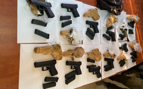 במסווה של עבודות חקלאיות: יחידת יגל של משטרת ישראל שוב סיכלה הברחת נשקים מגבול לבנון