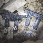 """נשקי קרלו מחסניות ותחמושת נתפסו הלילה בפשיטה בבית פג""""אר – 2 ערבים נעצרו"""