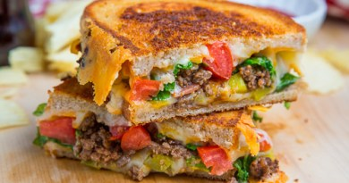 Cheeseburger Grilled Cheese