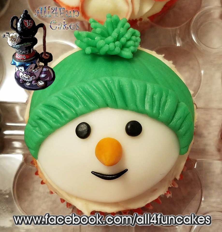 3D Flat Sculpted Fondant Cupcake Topper Snowman by All4Fun Cakes