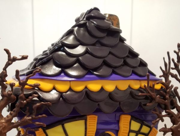 Haunted House Cake Tutorial Part 3 Roof Shingles by Caking with All4Fun Cakes