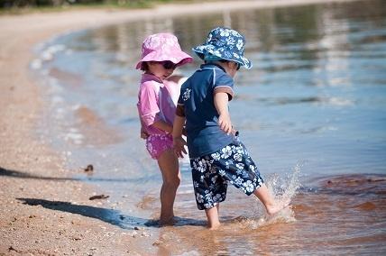 Zaščitite otroke pred soncem