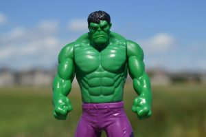 incredible hulk big chest muscles