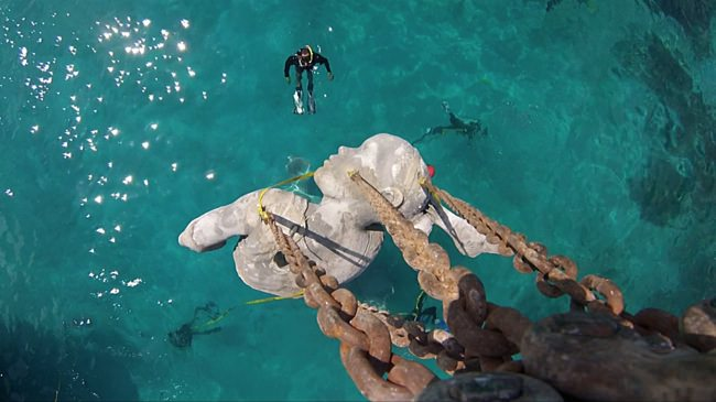 υποθαλάσσιο άγαλμα βρίσκεται στις Μπαχάμες Ocean Atlas