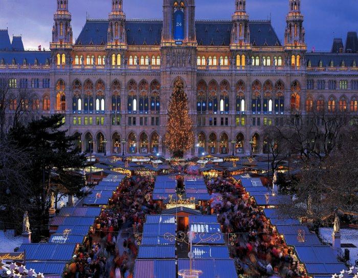 Χειμερινοί Προορισμοί στην Ευρώπη Βιέννη Χριστουγεννιάτικη Αγορά Vienna Christmas Market