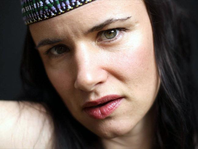 διασημότεροι, άσχημοι celebrities Juliette Lewis allabout.gr