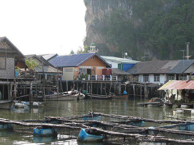 Υπέροχα χωριά που επιπλέουν στο νερό Ko Panyi allabout.gr