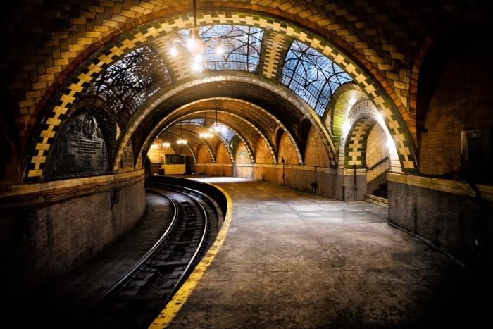 Πιο όμορφοι σταθμοί μετρό στον κόσμο City Hall Station