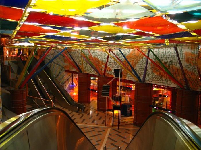 Πιο όμορφοι σταθμοί μετρό στον κόσμο Olaias Station