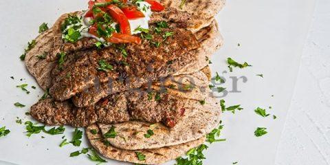 Συνταγή Κεμπάπ και πιτάκια ολικής