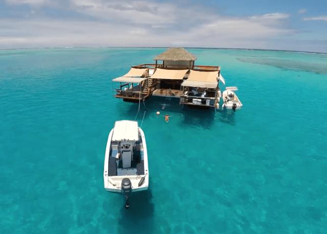 Logo Search instagram twitter googleplus Facebook Επικοινωνία CLOUD9 : Ένα εντυπωσιακό και δροσερό πλωτό μπαρ στα νησιά Φίτζι