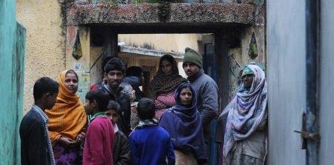 Ινδή βιάσε τον έφηβο γιο της για να τον θεραπεύσει από την ομοφυλοφιλία